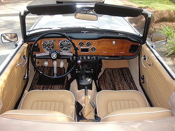 1965-TR4-3-vtr