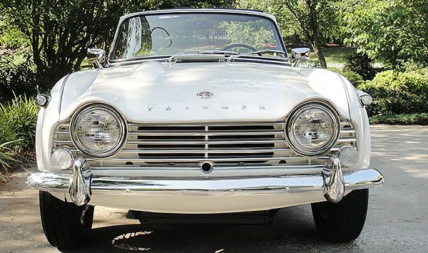 1965-TR4a-4-vtr